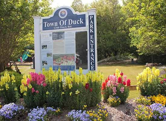 Town of Duck park entrance sign